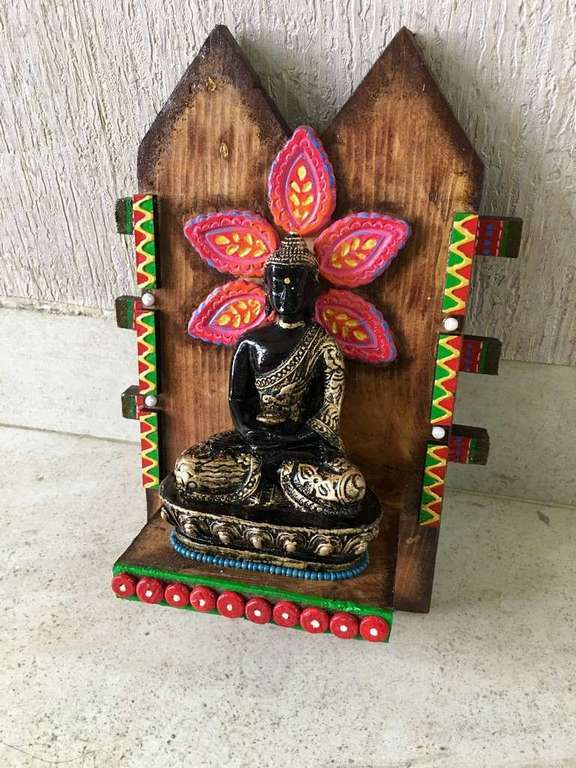 Meditating Buddha Wooden Key Holder  key holders hangers hand made hitchki dot in personalized gifts 0020