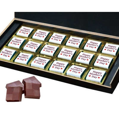 Personalized Mothers Day with Photograph Name and Message chocolate box  18 Pcs  3 Mothes 18B
