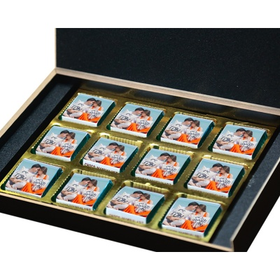 Valentine Day Chocolate Gift with Photo and Name 12 Pcs  3 VTDAY 12B