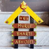 Stainless Steel 304 Light Name Plate  Beautiful Customized Wooden Family Nameplate For Home Decor
