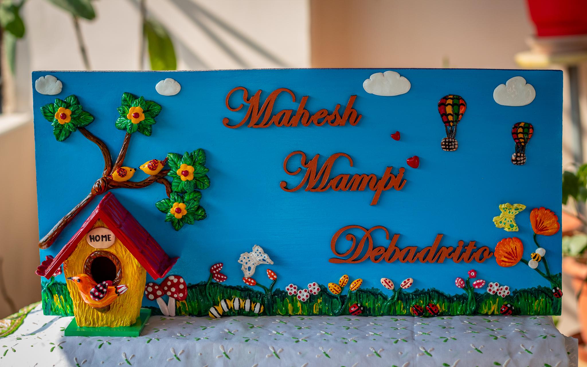 Birdhouse themed nameplate