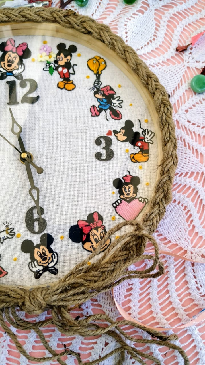 Hand Embroidered Framed Clocks  Mickey Minnie  Hand Embroidered Framed Clocks  Mickey Minnie2