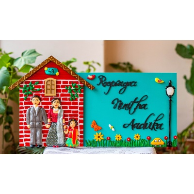 Hut shaped family nameplate  human figure craft name plate with family on wood