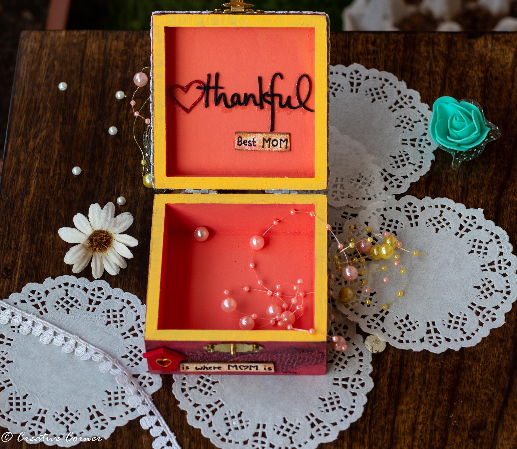 Creative Corner Box Full of Love  Mom Special Box 3