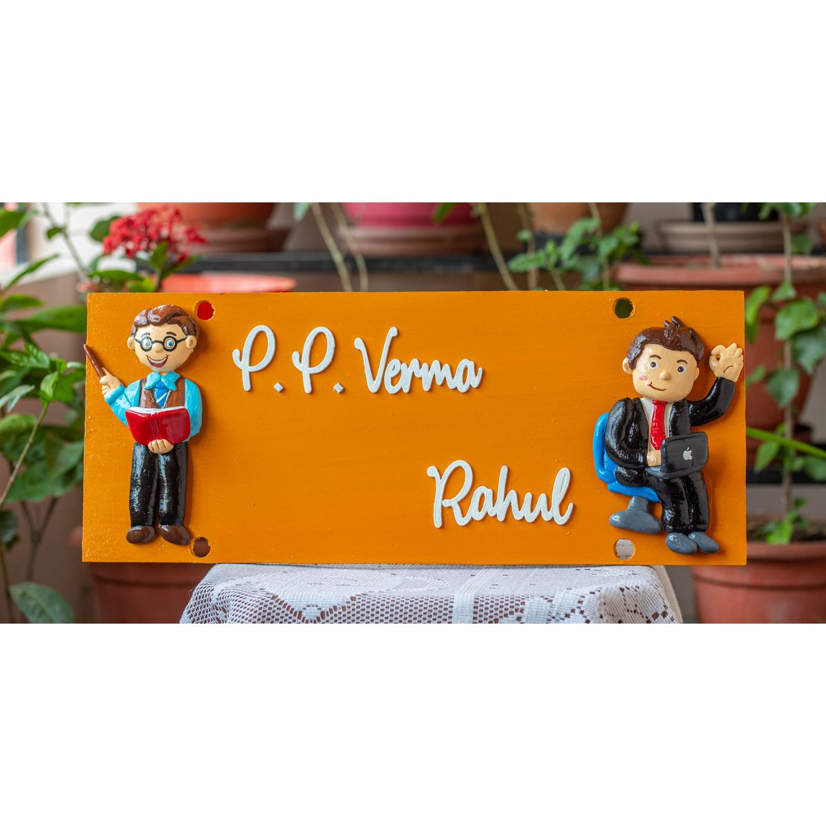 Nameplate With Customized Human Figures  Nameplate with customized human figures