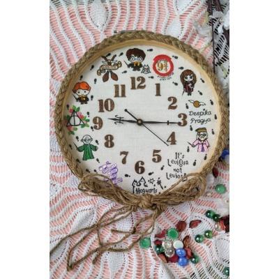 Hand Embroidered Theme Framed ClocksHarry Potter