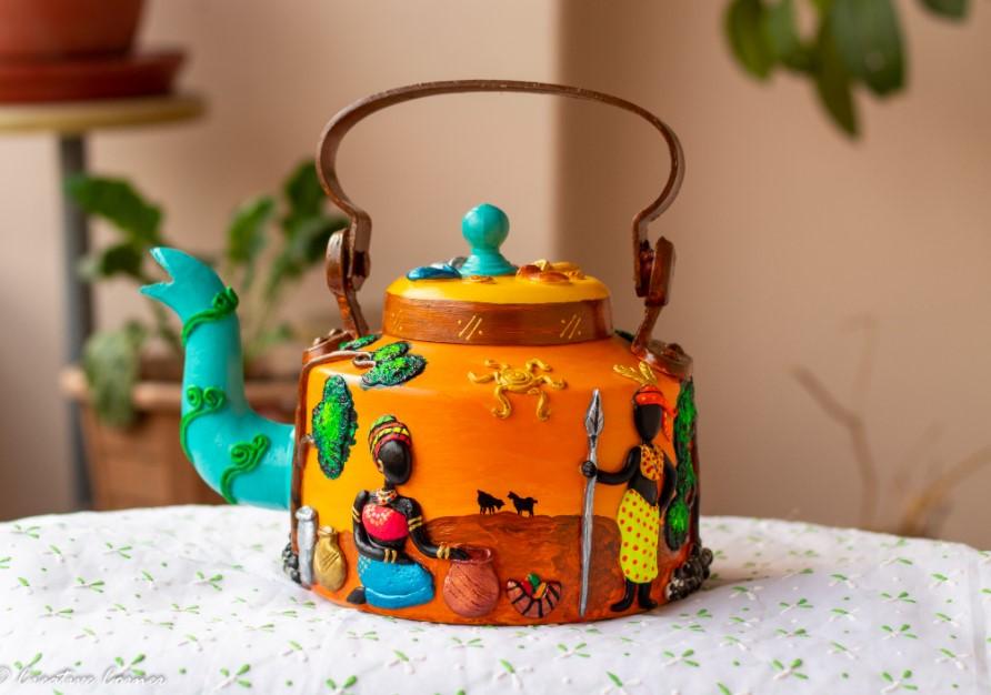Creative Corner African Art Themed Kettle