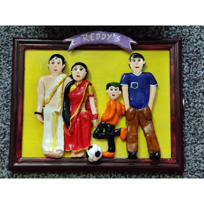 Customised 3D Family Frame  hand made home decor cocktail of thoughts hitchki 1 048