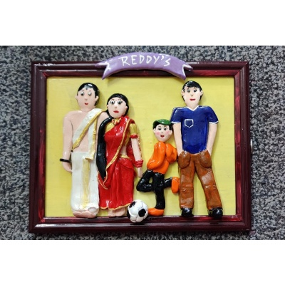 Customised 3D Family Frame  hand made home decor cocktail of thoughts hitchki 1 049